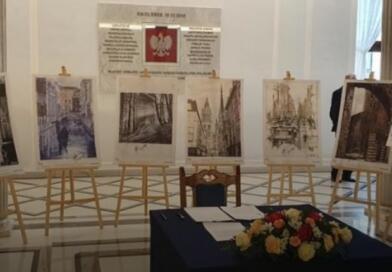 У парламенті Польщі відкрили виставку малюнків політв'язня Сущенка, створених у російській в'язниці